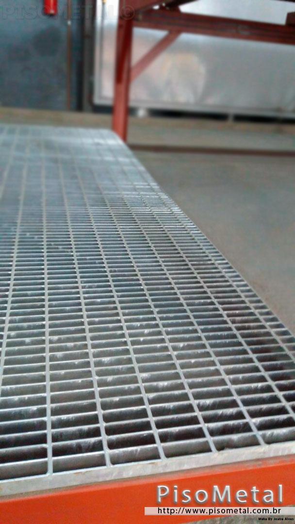 5951bf7f6 Grade metálica para canaleta - PISOMETAL