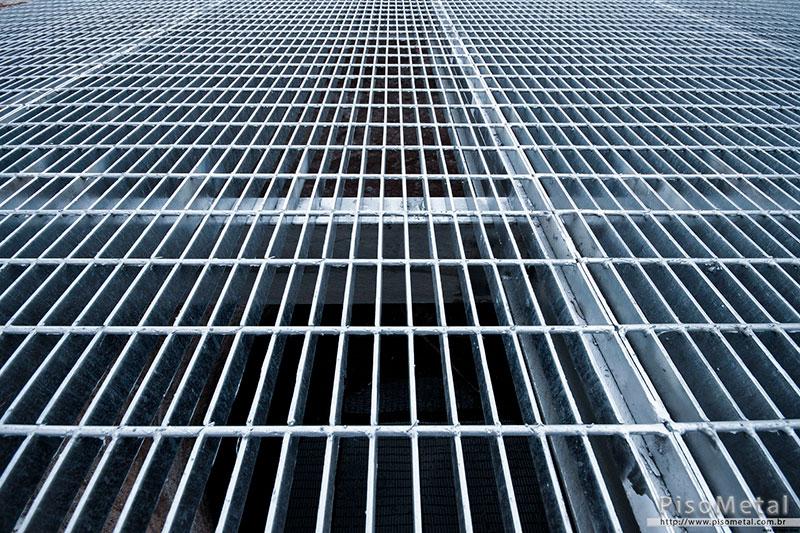 4826cb53e Grade de piso metálica - PISOMETAL